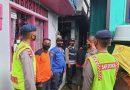 Tim Siaga Respon Bencana Brimob Pasang Police Line Lokasi Rumah Terancam Ambruk
